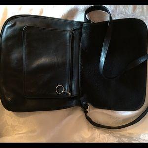 Vintage Coach Messenger Crossbody Bag